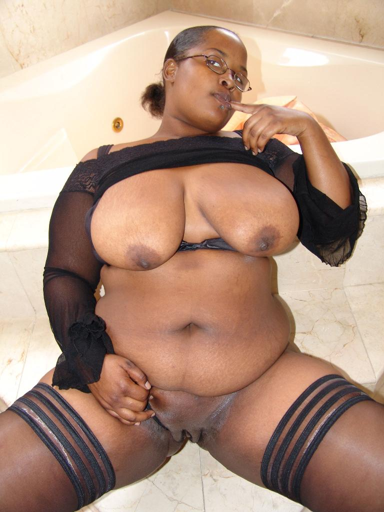 Ebony Slim Thick Creampie