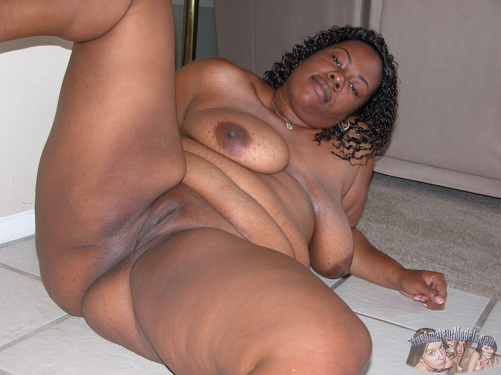 Thick Black Milf Creampie